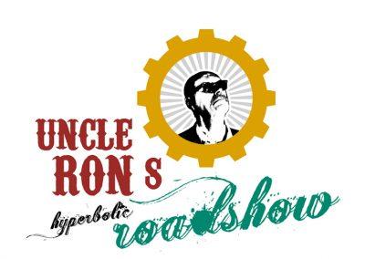 Uncle Rons Hyperbolic Roadshow presenteert… de (Strop)dassenmodeshow